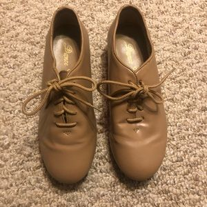 Child's Tan Lace-up Tap Shoes Size 3.5